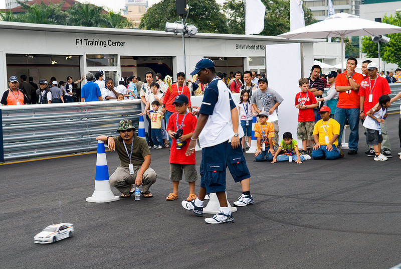 BMW Sauber F1 Team Pit Lane Park
